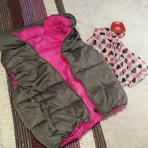 Calvin Klein sleeveless puffer vest/jacket